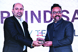ARVIND SAXENA, GROUP MARKETING HEAD, SIFY TECHNOLOGIES FOR WINNING ENTERPRISE IT CMO AWARDS 2017 FROM BHARAT B. ANAND, CIO, MINISTRY OF HOME AFFAIRS, GOVT. OF INDIA