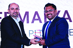 DEBMALYA DEY ROY ( DEB ), VP-SALES AND MARKETING, PI DATACENTRES RECEIVING ENTERPRISE IT CMO AWARD 2017 FROM BHARAT B. ANAND, CIO, MINISTRY OF HOME AFFAIRS, GOVT. OF INDIA