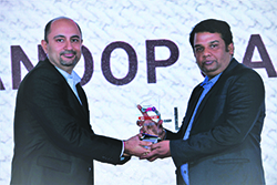 ANOOP JARIAL, VP- PRODUCT MARKETING, D-LINK INDIA WINS ENTERPRISE IT CMO AWARD 2017. THE AWARD HAS BEEN RECEIVED ON HIS BEHALF FROM BHARAT B. ANAND, CIO, MINISTRY OF HOME AFFAIRS.